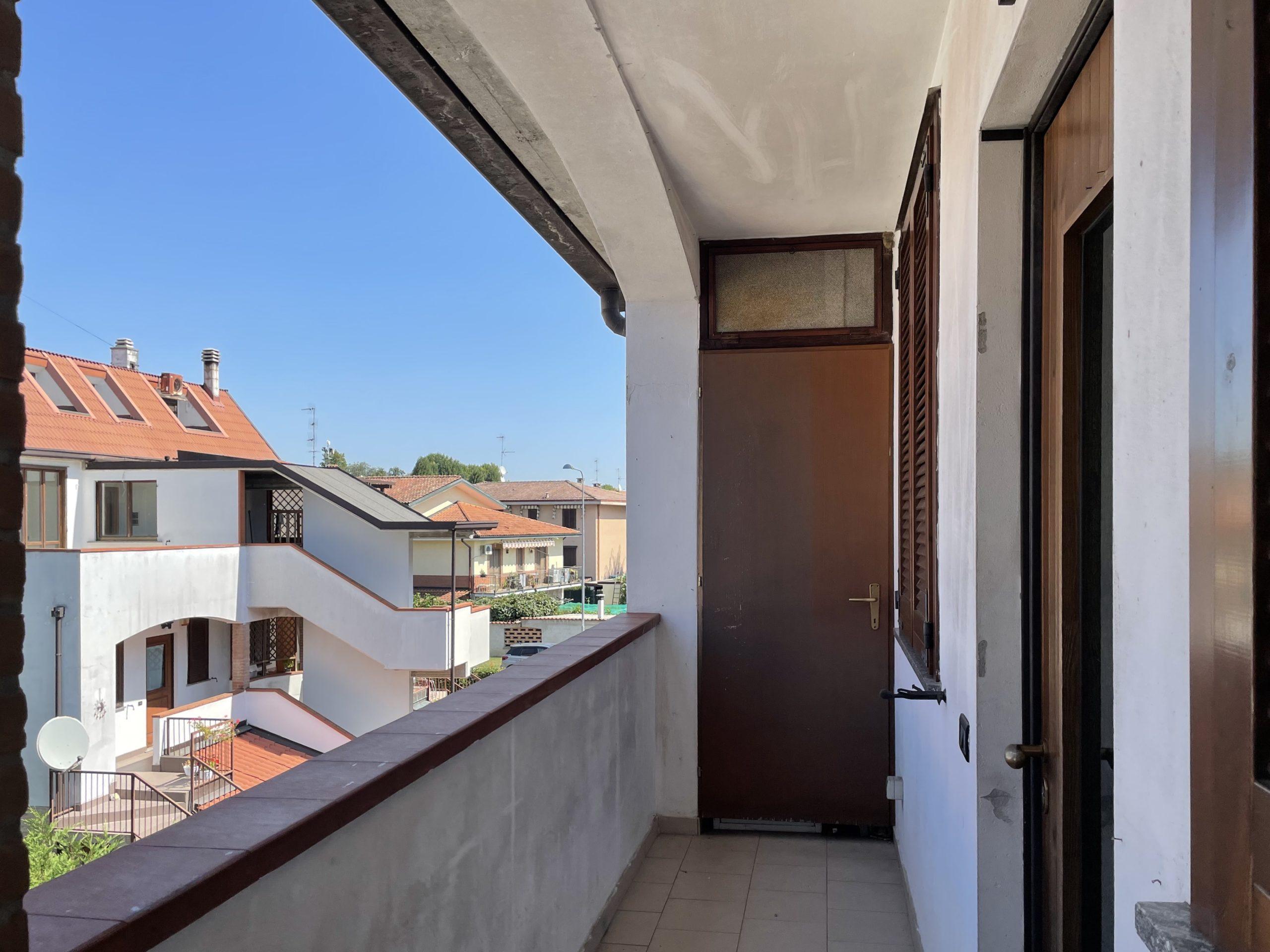Bubbiano (MI) – Appartamento trilocale su due livelli